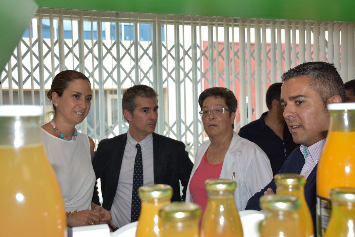 Patricia Fernandez, alcaldesa de Archena visita la empresa Panarro Foods